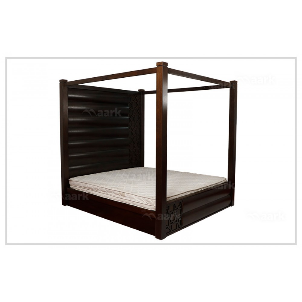 Four Poster Wooden King Size Cot