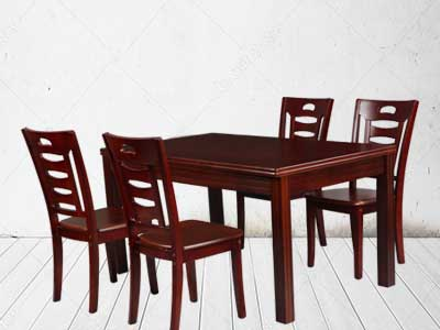 The Maark 4 Seater wood dining set